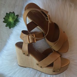 NWOT BC Footwear Tan Wedges